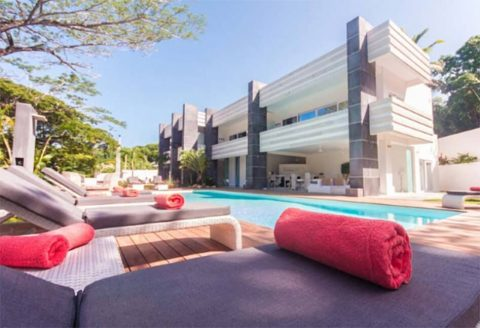 Luxurious 5-Suite Boutique Hotel