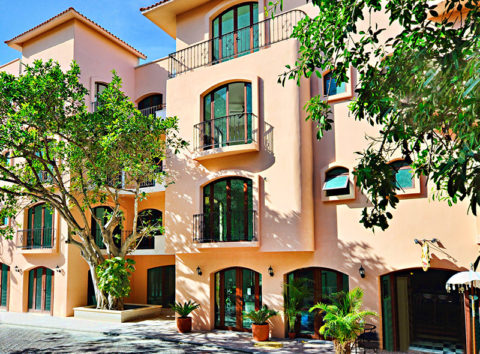 Beautiful 19-Unit Boutique Hotel with Offices and 2 Retail Spaces - Playa del Carmen, Mexico